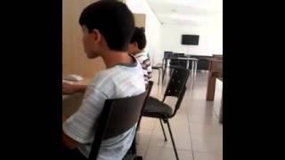 ESSE CARA E FODA NO PIANO QUE GANHA ATE MOEDAS!!!