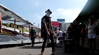 Desafio maluco  na feira dançando Envolvimento - Mc Loma  Maykon Replay