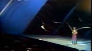 Semiha Yanki - Seninle Bir Dakika (Live)