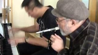 Amazing Syringe Slide Whistle Performance: Flight of the Bumblebee