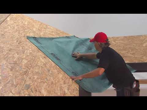 Instalace podkladního pásu na šindelových střechách