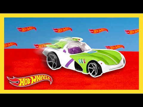 Drive Into the Movies with Hot Wheels! | World of Hot Wheels | Hot Wheels