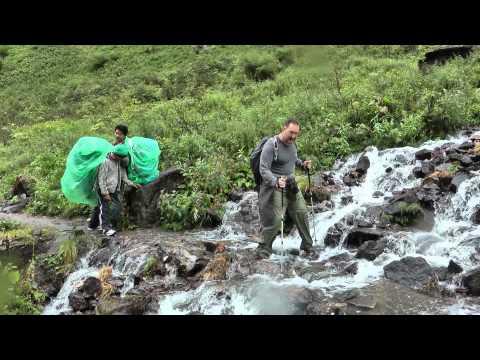 Water Crossing – Modi Khola Valley