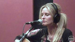 "Elizabeth Cook ""Heroin Addict Sister"" Live at KDHX 2/27/10 (HD)"