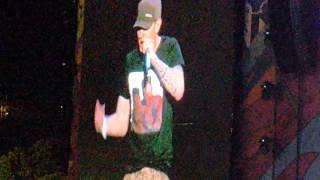 Eminem Lollapalooza Argentina - The Monster