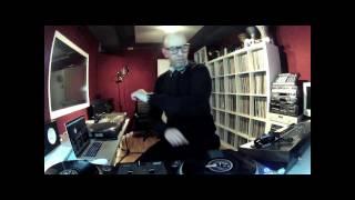 DJ MOUSS - SCRATCH ROOM ( SEASON I - EP.IV )