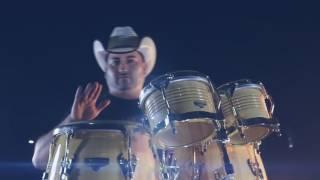 Grupo Noble - Y Yo Sigo Vivo (Video Oficial)