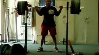200kg / 440 lb back squat @ 85kg