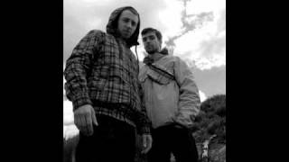 Caixa Toraxica - Longe do nada (Versão Acústica)