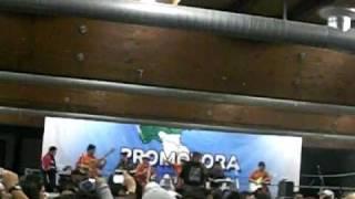 Centella en Milano 31 de octubre 2010-video 2