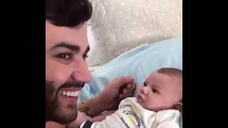 "Gusttavo Lima estimula Gabriel a falar ""papai""   Confira o vídeo fofo!"