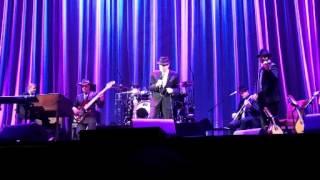 Leonard Cohen - I'm Your Man (Centre Bell, 2012-11-28)