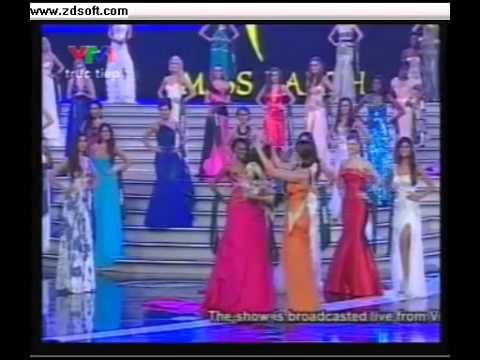 Miss Earth 2010 – crowning moment