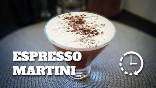 Como Fazer Espresso Martini (Rapidinha) | E Tome Drink!