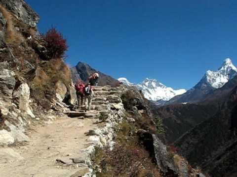 Vandring mellan Namche Bazar och Tengboche, Nepal