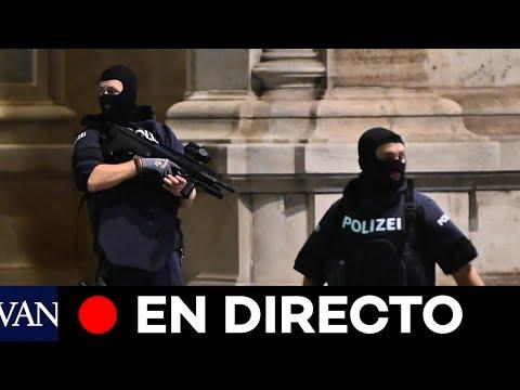 DIRECTO: La policía busca a tres de los atacantes en el atentado de Viena