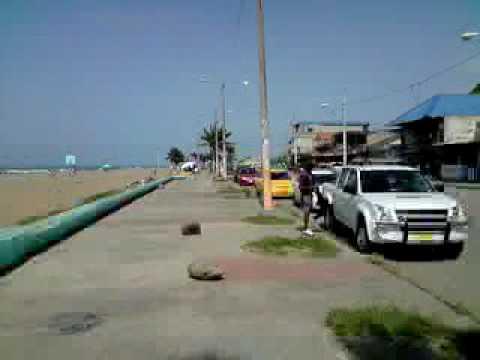 Mar de Esmeraldas desde la Avenida Las palmasV091108 14 30