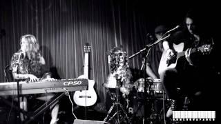 DEBI NOVA- Calle sin salida (en vivo-live)