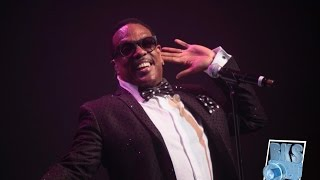 """Charlie Wilson """"Yearning For Your Love"""" Live"""