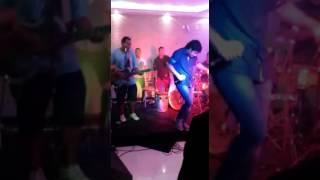 """Elvis Guerreiro + Banda """"Mr. Harry""""- Solteiro de novo(Wesley Safadão)"""