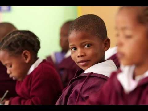 School kids join Kalahari photography tour