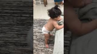 Bebê dançando Funck Sapéquinha Lexa