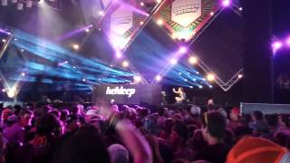 "Klingande playing ""You & me"" - SummerFestival 2015"