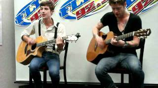 FLY92.3 welcomes HOT CHELLE RAE - Tonight, Tonight Live Acoustic