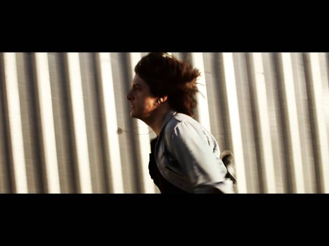 """Vídeo oficial de """"Contra el viento"""" de Sergio Rojas"""
