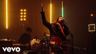 Courteeners - Modern Love (Vevo Presents: Live)