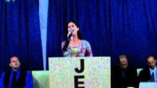 Cantora Edvane Cavalcante - Louvando o Hino : É Madrugada de Suelen Lima