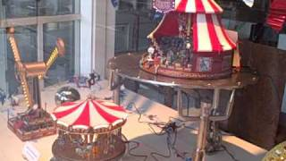 Mechanical carnival toys