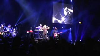 Holding back the years - simply red - Birmingham 20th November 2016 genting arena