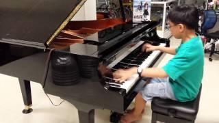 12 years old boy(PianoMinion) play Guren no Yumiya - Shingeki no Kyojin OP Piano