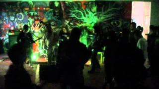 Dreadwords - Engine No.9 (Deftones Cover) at gig 070412.wmv