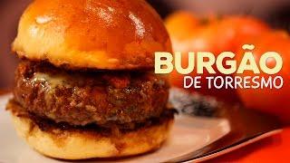 Hamburger de Fraldinha com Farofa de Torresmo e Cebola Caramelizada ft. MiniCozinha - Sanduba Insano