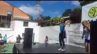 Zumba com Monique e Mayara