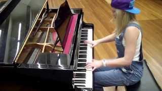 Lara plays MMMBop by Hanson on piano
