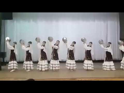 Сюрприз - Танец с ведрами