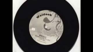 WALDECK -  MEMORIES [dunkelbunt remix] ft. Jimi D