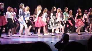 Grease- we go together a 9.E osztály előadásában a VBJ 50. évfordulóján 2013. április 19