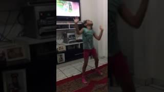 Mirella dançando alerquina !!!!!