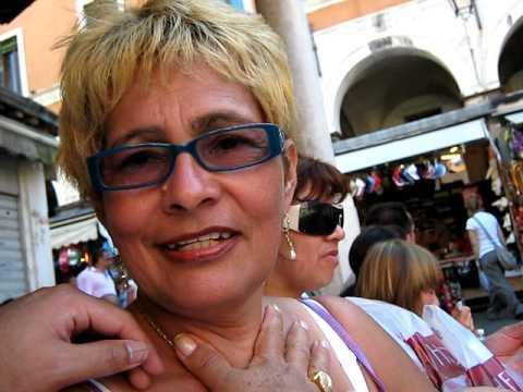 molestando a mi mami.. venezia