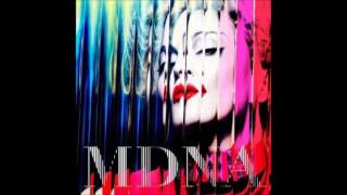 Madonna - 05 Give Me All Your Luvin' (feat.  M.I.A. and Nicki Minaj)