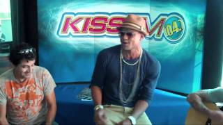 Mohombi: Bumpy Ride - LIVE at KISS FM Phoenix