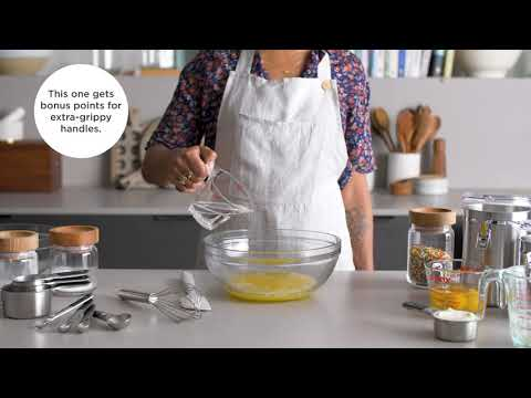 A video about the best measuring cups for the ktichen.