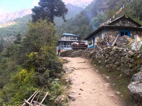 Trekking in Nepal:  Lukla to Namche Bazaar