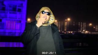 Vloeiend - Ossy (La Familia)Official Video