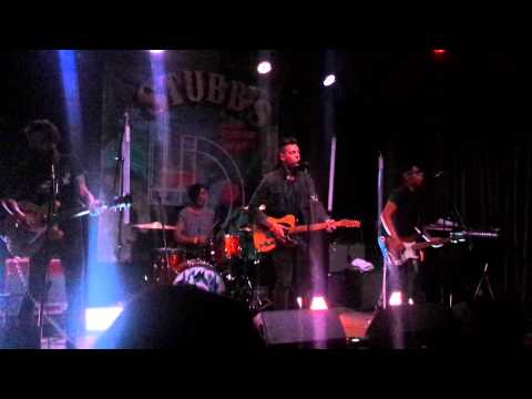 young-rising-sons-king-of-the-world-live-at-stubbs-81214-wendy-redden