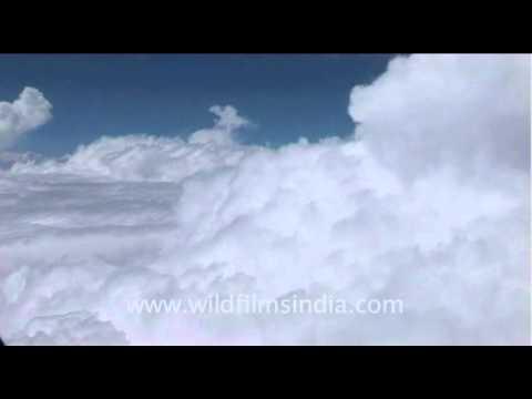 Up above the clouds so high – Delhi to Kathmandu!